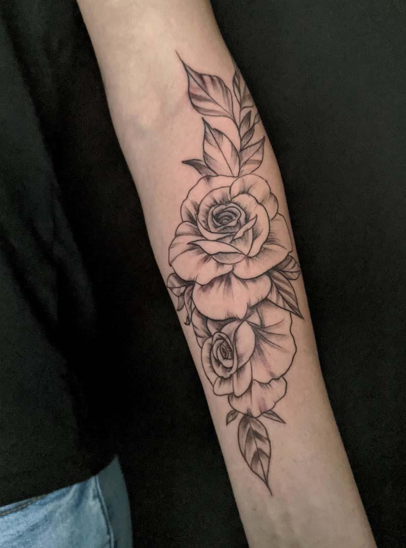 flowers black and gray wipe פרחים וויפ שיידינג עדין קישוט זרוע