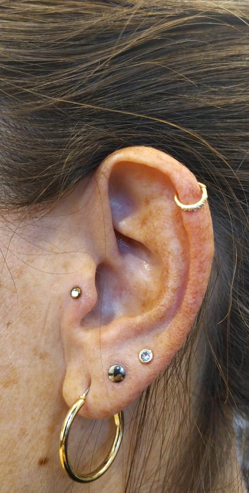 helix tragus lobe 14K gold פריסינג טראגוס הליקס האליקס תנוכים ניקוב שני ניקוב שלישי זהב