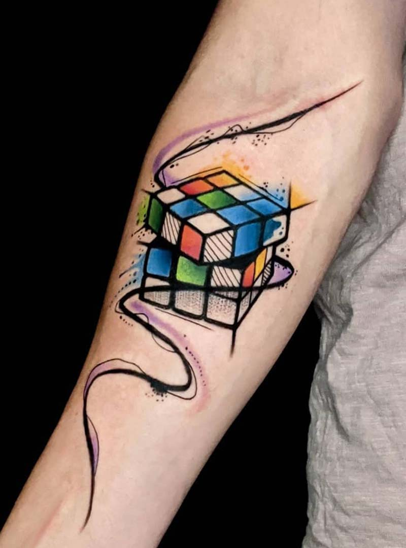 rubics cube tattoos color red blue green yellow קעקוע קוביה הונגרית צבעוני ירוק כחול סגול צהוב צבעי מים