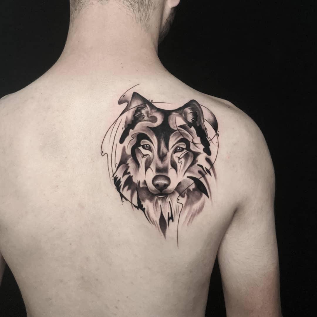 unique design charcoal drawing wolf קעקוע זאב בסגנון צבעי פחם עיצוב ייחודי